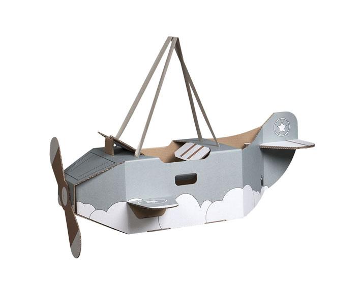 pappflugzeug - mit gurten