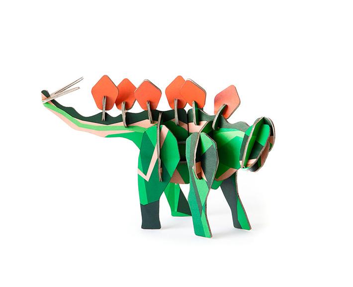 stegosaurus aus pappe - zum stecken