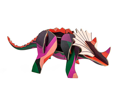 triceratops aus pappe
